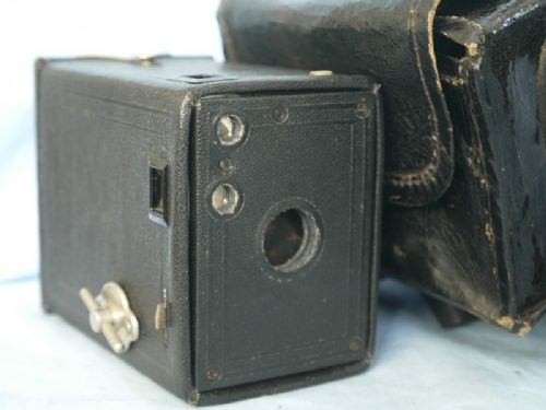 ' 00 ' Kodak Brownie 00 Vintage Box Camera £4.99